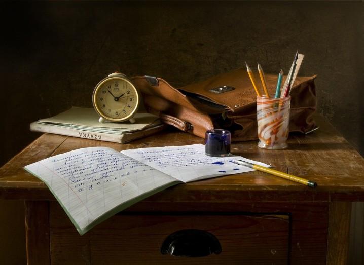school-work-851328_1280